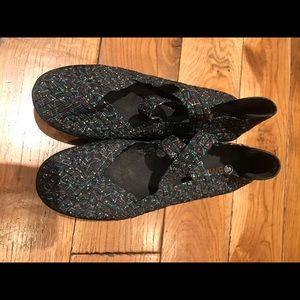 Black speckled Bernie Mev wedge heels
